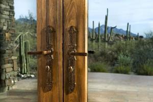 Door knobs and levers