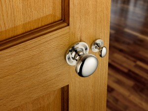 Tips for Choosing New Door Hardware