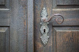 3 Tips for Updating Your Home's Entry Locks