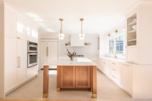How to Pick the Right Cabinets for Your New-Look Kitchen