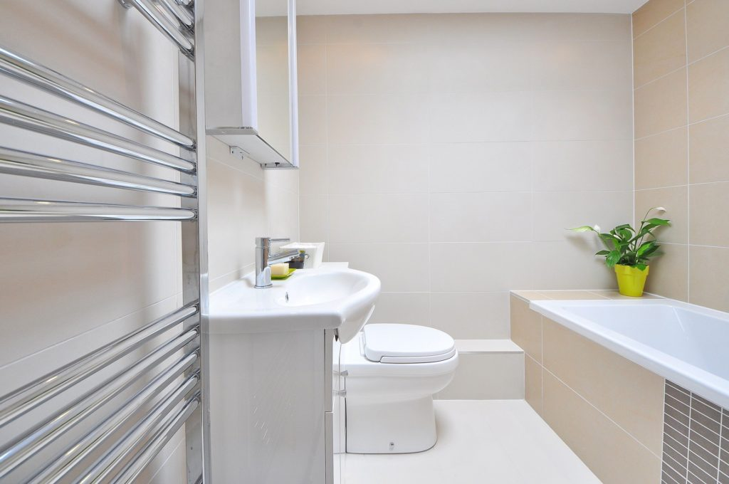 Common Questions About the Medicine Cabinets in Your Bathroom